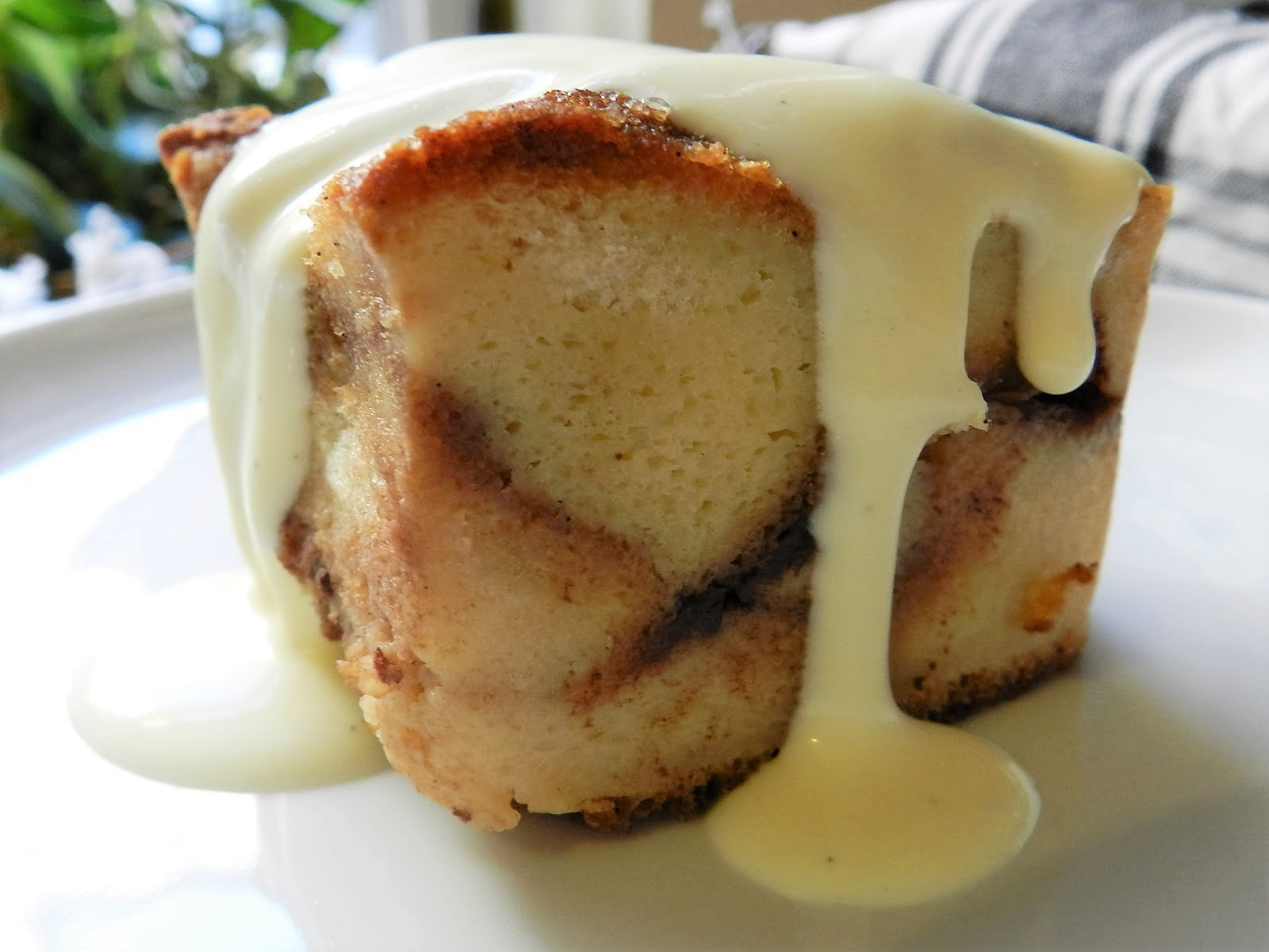 bread pudding with creme anglaise