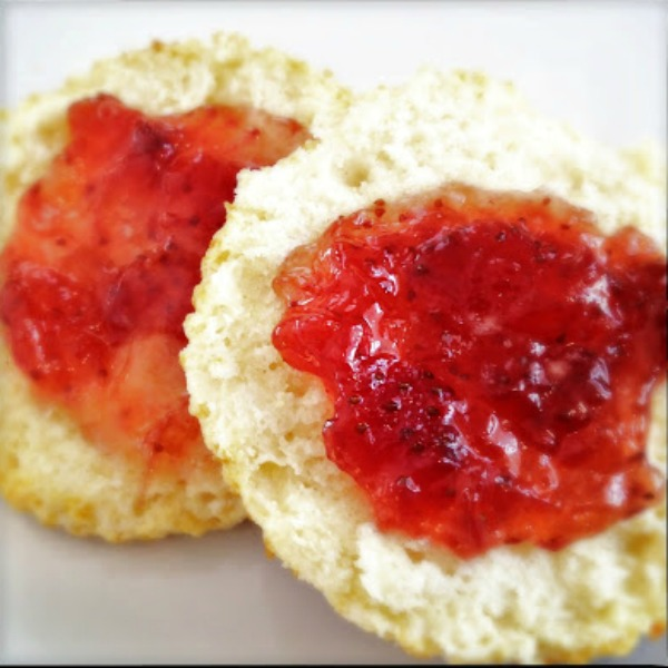 biscuit with strawberry jam