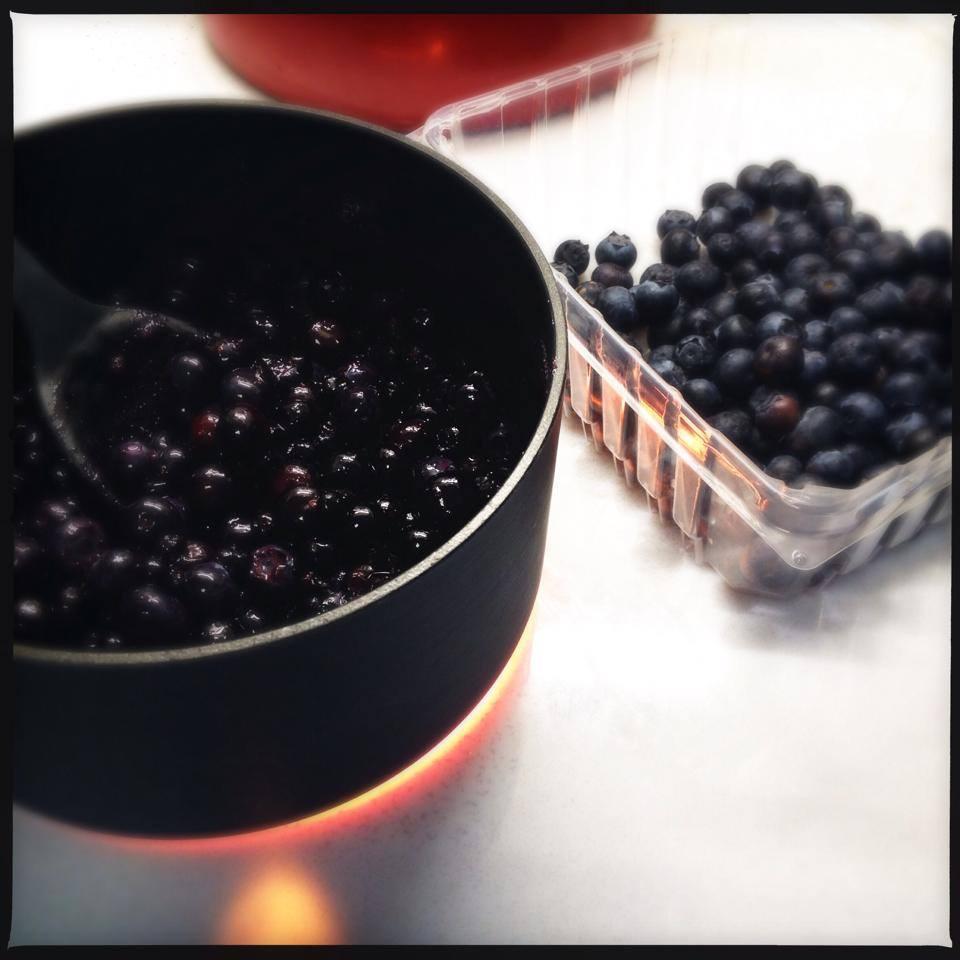 blueberry mini pies3