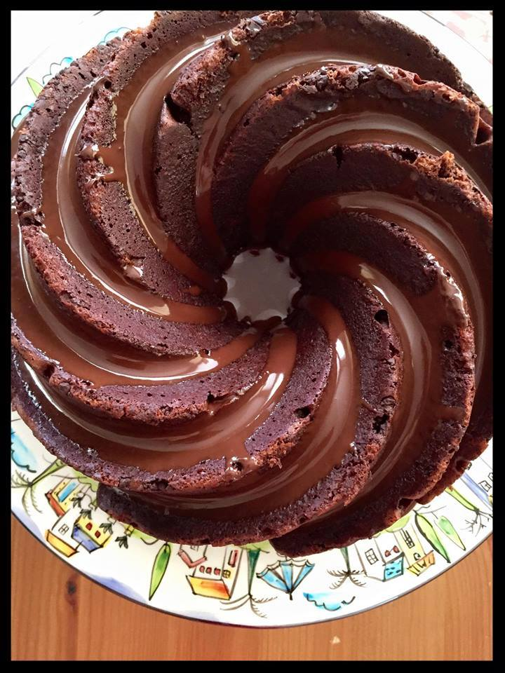 swirly pan choc cake