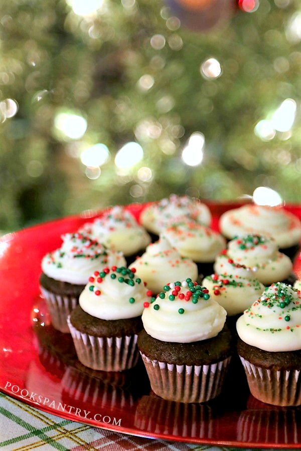 peppermint hot chocolate cupcakes with christmas lights
