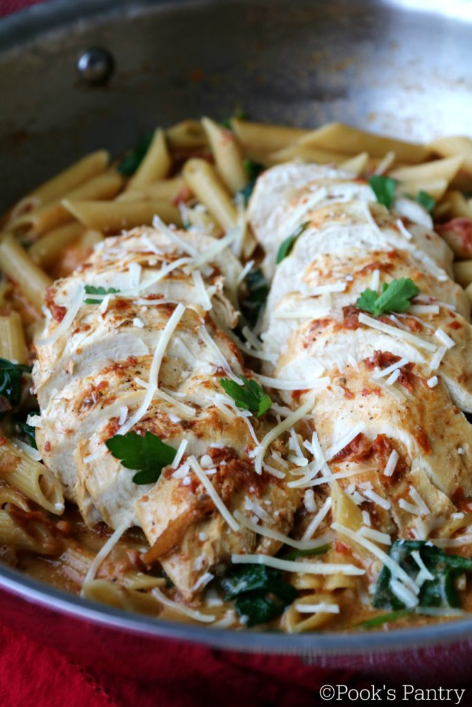 Chicken and Spinach Pasta with Creamy Sun-Dried Tomato Sauce - weekly meal plan