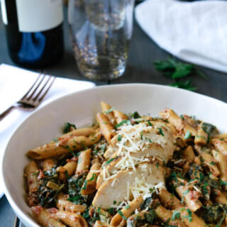 one pot chicken pasta with spinach