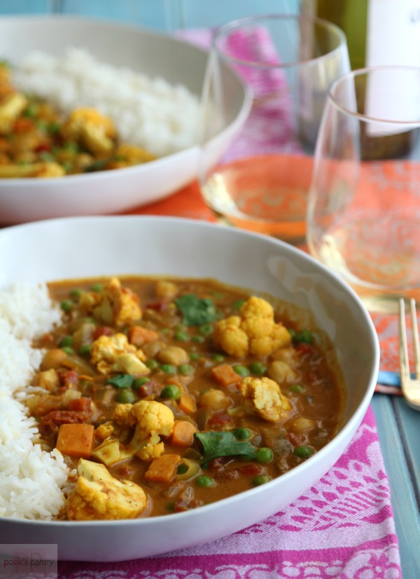 One of the best vegetarian recipes for dinner is this bowl of curried vegetables and rice.