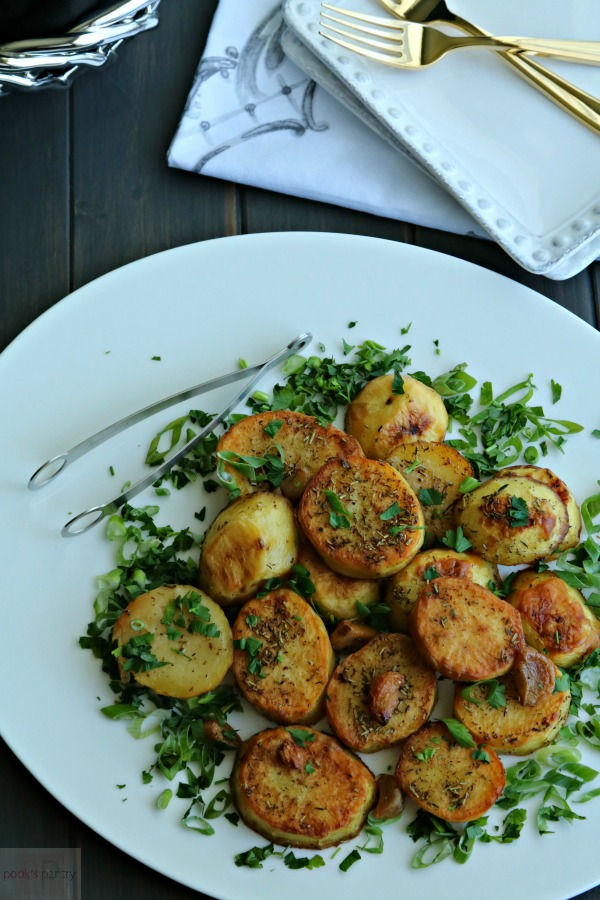 How to Make Melting Potatoes with Garlic and Herbs