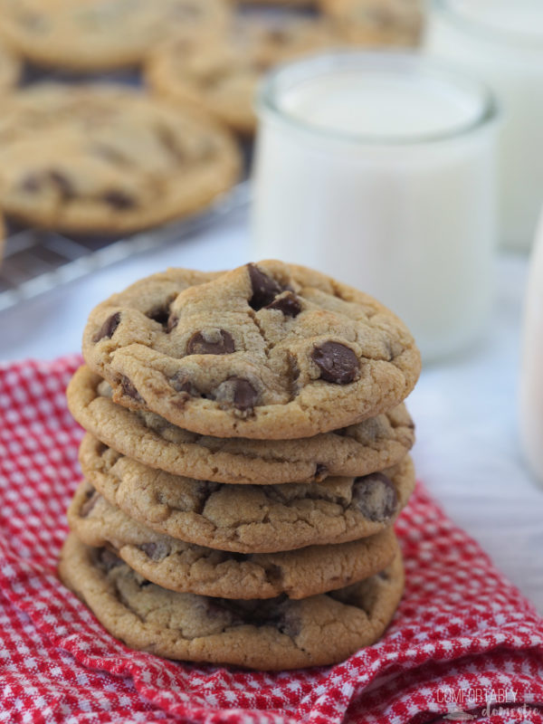 Mrs. Fields Chocolate Chip Cookies #BacktoSchoolTreats