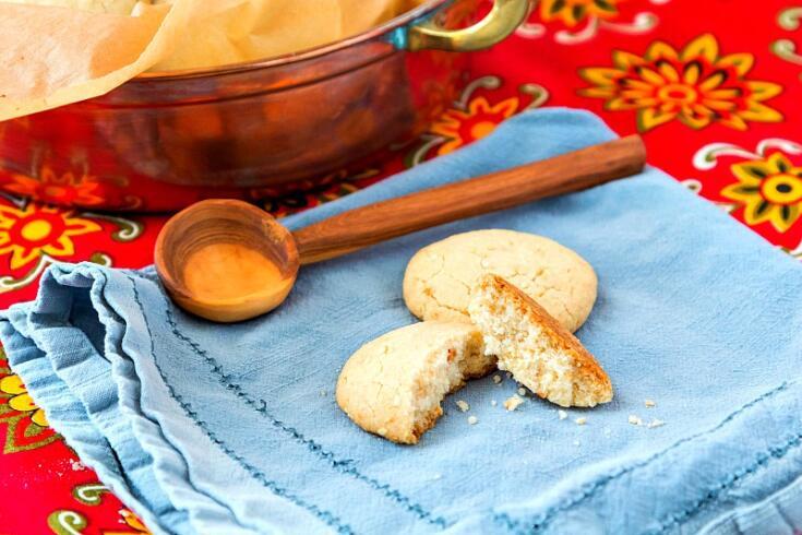 Ghoriba Bahla (Moroccan Shortbread Cookies)