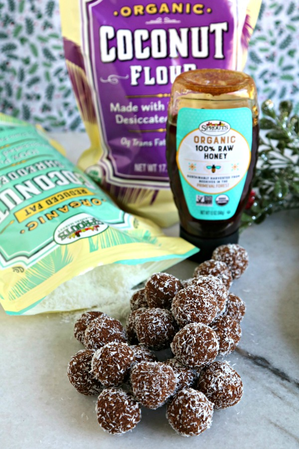 Paleo rum balls with coconut and honey.