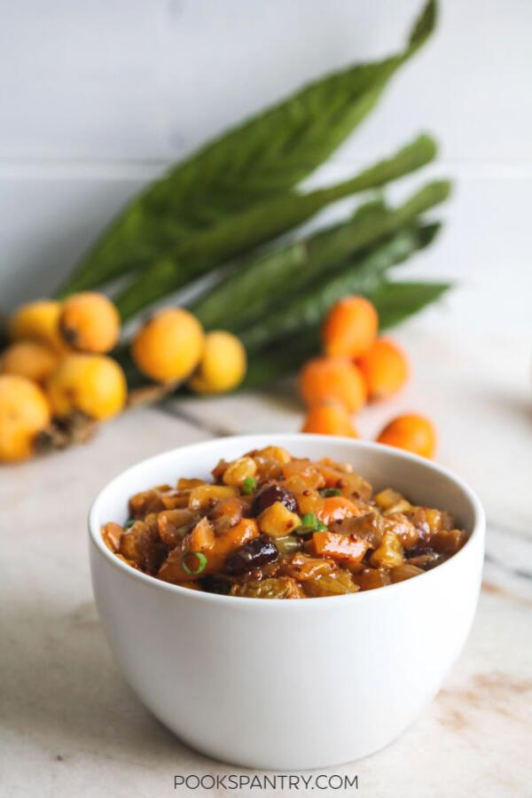 loquat chutney in bowl