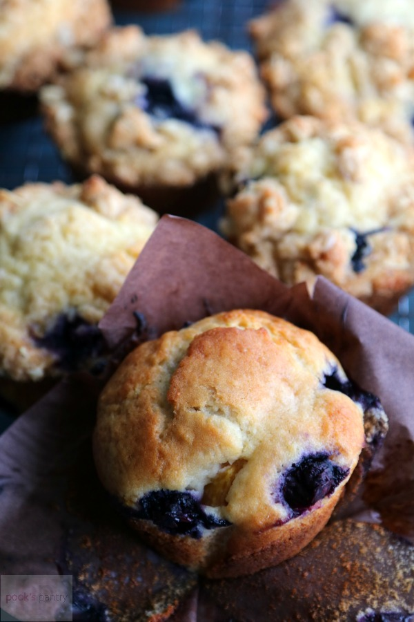 blueberry peach muffin without crumble