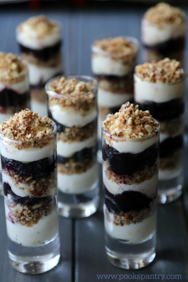 blueberry cheesecake parfait with nuts