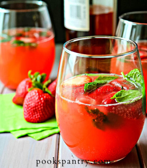 watermelon juice with vodka and rosé wine