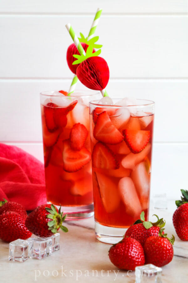 glasses of strawberry iced tea