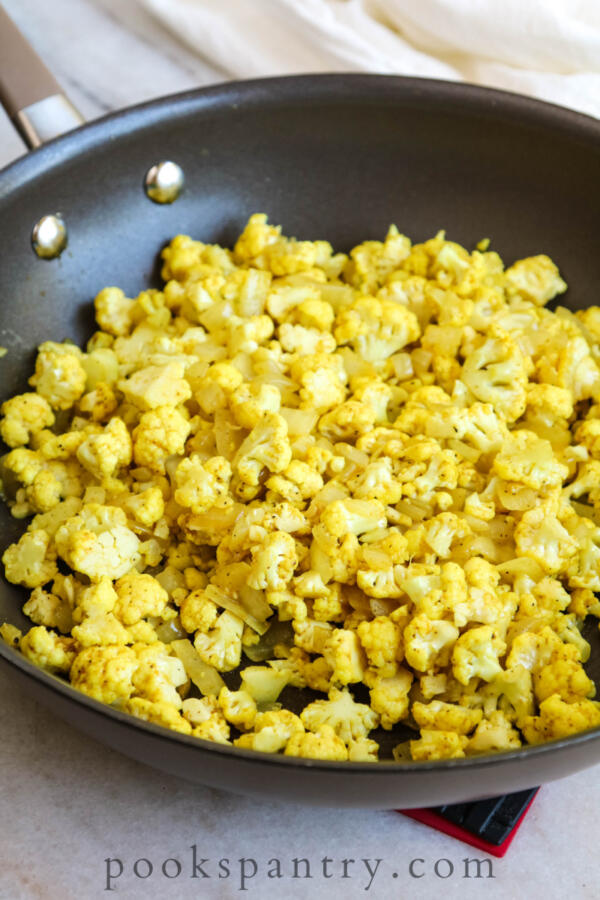 cooking cauliflower with curry powder