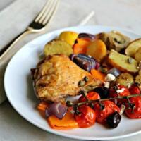 Mediterranean Baked Chicken Thighs