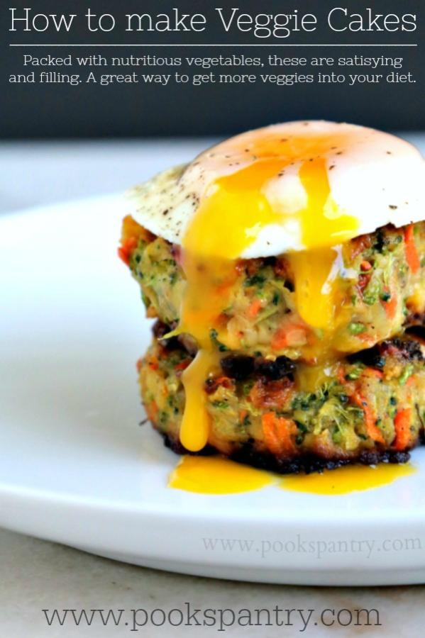 How to make veggie cakes with an egg on top.